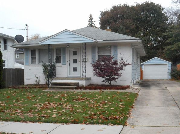 3 bed 1.5 bath Single Family at 1568 Campbell St Cuyahoga Falls, OH, 44223 is for sale at 115k - 1 of 21