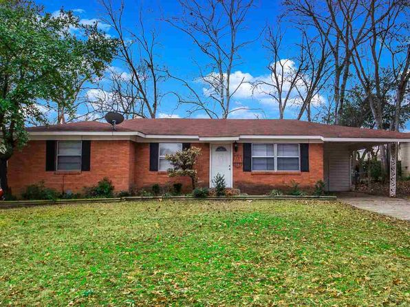 3 bed 2 bath Single Family at 1008 CENTENARY DR LONGVIEW, TX, 75601 is for sale at 100k - 1 of 16