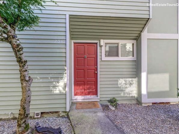 2 bed 1 bath Condo at 2549 SE 119th Ave Portland, OR, 97266 is for sale at 135k - 1 of 22
