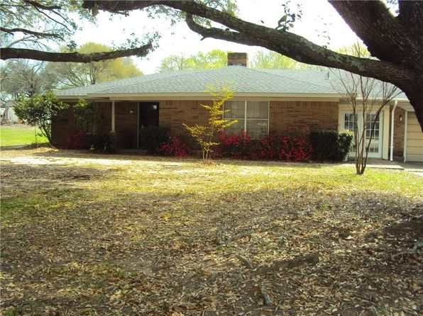 3 bed 2 bath Single Family at 894 E Main St Van, TX, 75790 is for sale at 145k - 1 of 19