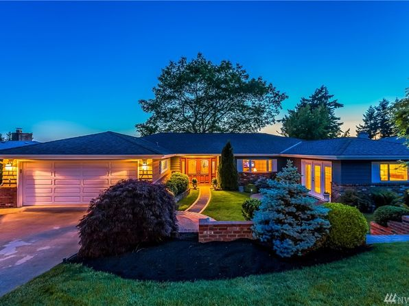 3 bed 4 bath Single Family at 14317 23rd Ave SW Burien, WA, 98166 is for sale at 1.40m - 1 of 25