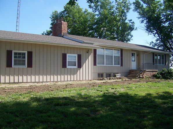 4 bed 2 bath Single Family at 2181 W 52nd Ave Manhattan, KS, 66502 is for sale at 450k - 1 of 22