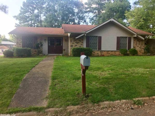 3 bed 2 bath Single Family at 301 Live Oak Dr Atlanta, TX, 75551 is for sale at 90k - 1 of 19