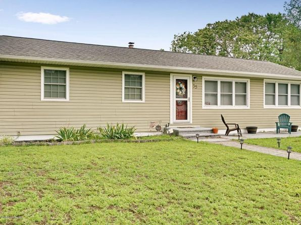 3 bed 2 bath Single Family at 35 Parkway Dr Brick, NJ, 08723 is for sale at 249k - 1 of 22