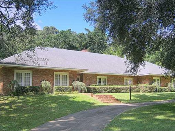 4 bed 4 bath Single Family at 141 Hilltop Cir Pineville, LA, 71360 is for sale at 375k - 1 of 15