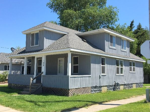 3 bed 2 bath Single Family at 129 S Water St Pinconning, MI, 48650 is for sale at 50k - 1 of 11