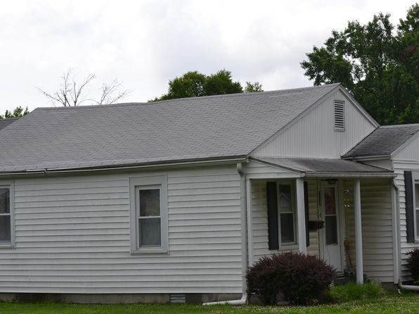 3 bed 1 bath Single Family at 517 S 8th St Herrin, IL, 62948 is for sale at 30k - 1 of 5