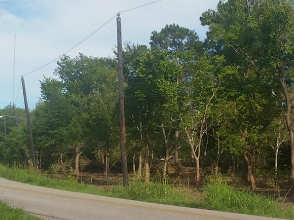 null bed null bath Vacant Land at 8331-B County Road 171 Liverpool, TX, 77577 is for sale at 73k - 1 of 2