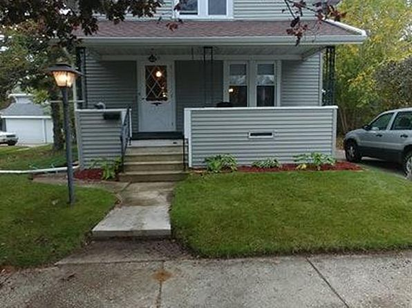 3 bed 1 bath Single Family at 1418 S 15th St Manitowoc, WI, 54220 is for sale at 68k - 1 of 13