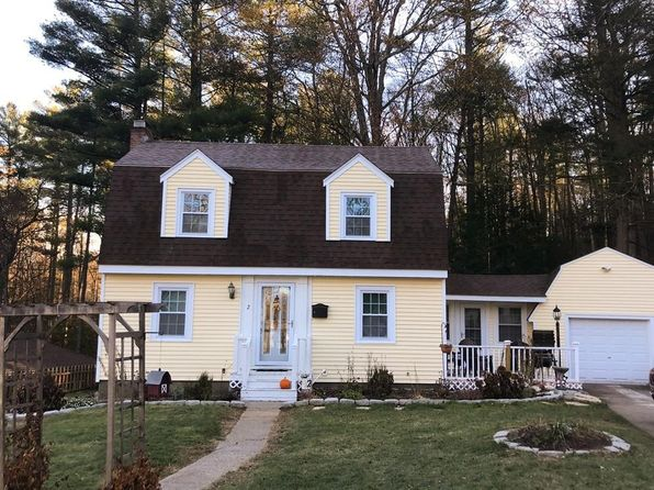 3 bed 1 bath Single Family at 2 MEADOWBROOK RD SOUTHBRIDGE, MA, 01550 is for sale at 190k - 1 of 23