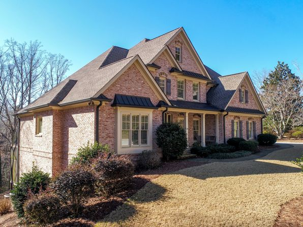 5 bed 5 bath Single Family at 1225 Dixon Cir Gainesville, GA, 30501 is for sale at 725k - 1 of 9