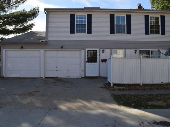 3 bed 1.5 bath Townhouse at 20442 Williamsburg Ct Middleburg Heights, OH, 44130 is for sale at 80k - 1 of 19