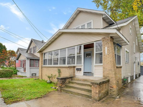 4 bed 1 bath Single Family at 1114 Walker Ave NW Grand Rapids, MI, 49504 is for sale at 160k - 1 of 27