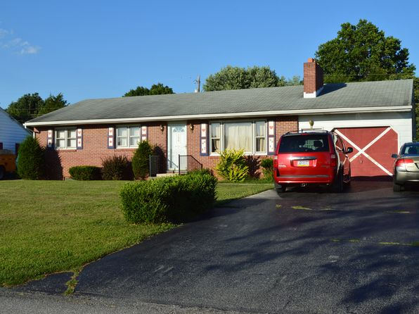 3 bed 1 bath Single Family at 126 Crider Ave Fayetteville, PA, 17222 is for sale at 140k - 1 of 44