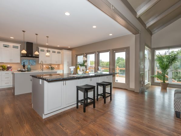 4 bed 5 bath Single Family at 2100 Wilson Ridge Ln Chesterfield, MO, 63005 is for sale at 700k - 1 of 29