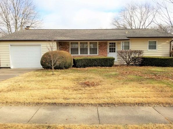 3 bed 2 bath Single Family at 1701 Valley Vista Dr Bettendorf, IA, 52722 is for sale at 150k - 1 of 21