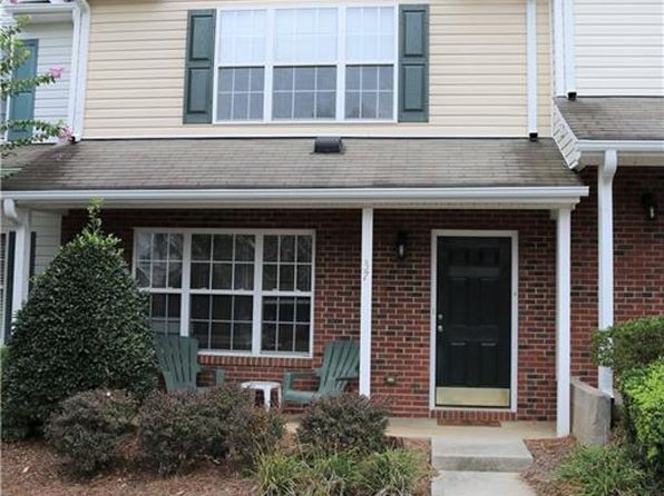 2 bed 3 bath Townhouse at 37 Tannenbaum Cir Greensboro, NC, 27410 is for sale at 115k - 1 of 20