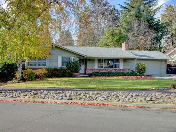 3 bed 2 bath Single Family at 230 White Oak Dr Medford, OR, 97504 is for sale at 310k - 1 of 23