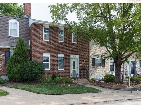 2 bed 2 bath Townhouse at 9503 Perry Ln Overland Park, KS, 66212 is for sale at 120k - 1 of 12
