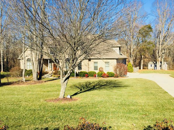 4 bed 3 bath Single Family at 8014 Dorsett Downs Dr Stokesdale, NC, 27357 is for sale at 450k - 1 of 45