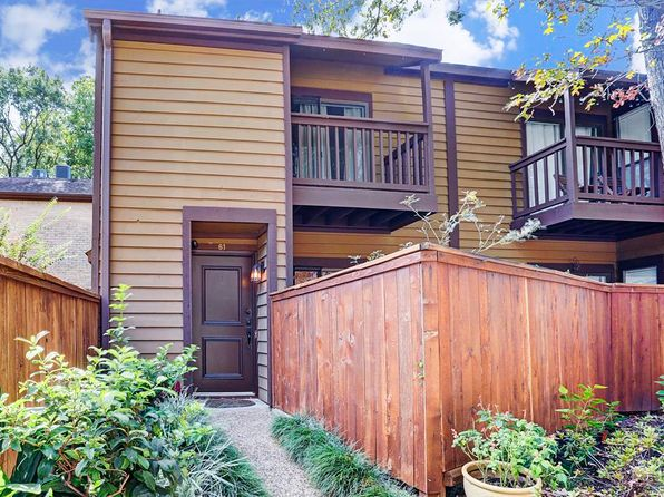 1 bed 2 bath Townhouse at 11711 Memorial Dr Houston, TX, 77024 is for sale at 215k - 1 of 17