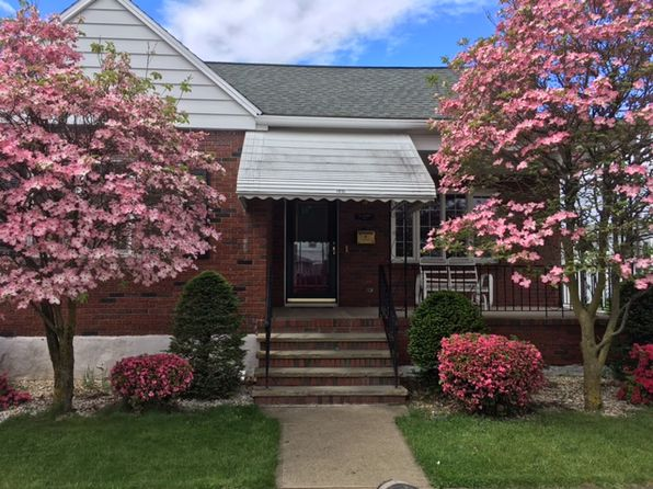 4 bed 2 bath Single Family at 141 2nd St Wyoming, PA, 18644 is for sale at 118k - 1 of 14