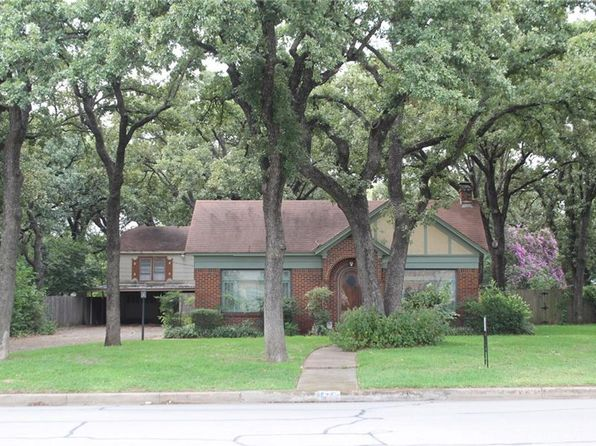 3 bed 2 bath Single Family at 4524 Hampshire Blvd Fort Worth, TX, 76103 is for sale at 160k - 1 of 28