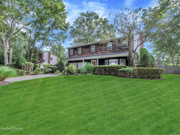 4 bed 3 bath Single Family at 21 Leary Ln Nesconset, NY, 11767 is for sale at 549k - 1 of 24