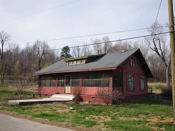 3 bed 1 bath Single Family at 140 Princeton St Saint Charles, KY, 42453 is for sale at 850k - 1 of 34