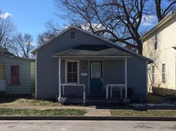 2 bed 1 bath Single Family at 229 E Mill St Circleville, OH, 43113 is for sale at 21k - google static map