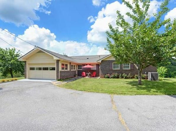 3 bed 2 bath Single Family at 795 Holiness Church Rd Murphy, NC, 28906 is for sale at 285k - 1 of 29