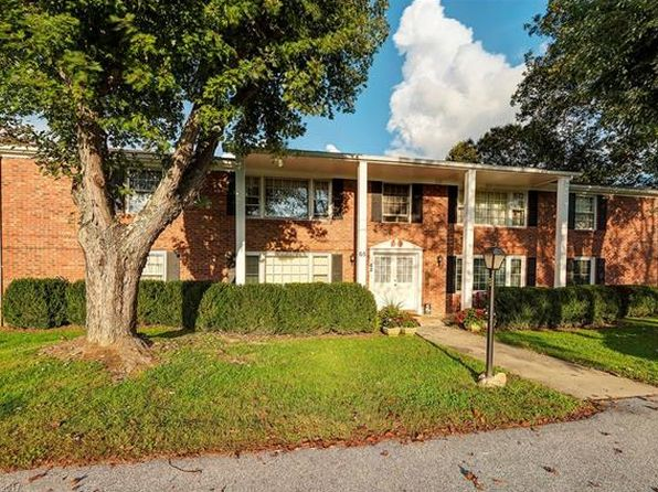 2 bed 2 bath Condo at 65 Brookside Dr Hendersonville, NC, 28792 is for sale at 73k - 1 of 20