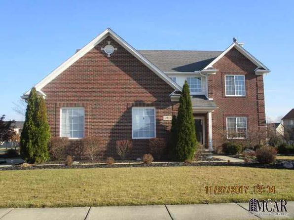 4 bed 3 bath Single Family at 26815 Winslow Dr Flat Rock, MI, 48134 is for sale at 265k - 1 of 42