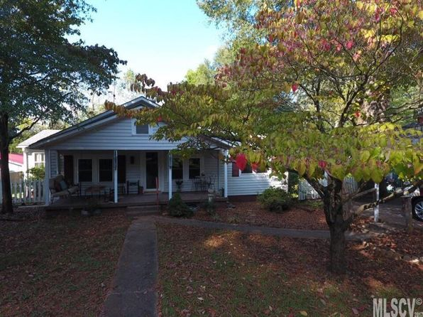 4 bed 3 bath Single Family at 302 W 9th St Newton, NC, 28658 is for sale at 130k - 1 of 21