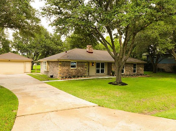 3 bed 2 bath Single Family at 1803 Sleepy Hollow Dr Pearland, TX, 77581 is for sale at 244k - 1 of 28