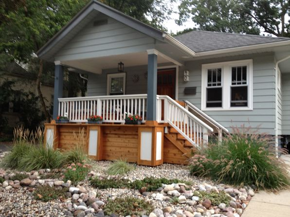 3 bed 1 bath Single Family at 40 Sylvan Ave Pleasant Ridge, MI, 48069 is for sale at 276k - 1 of 26