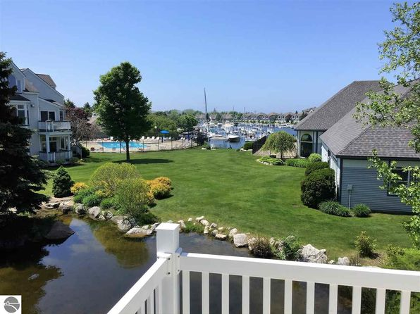 2 bed 2 bath Single Family at 74 Brookharbor S Manistee, MI, 49660 is for sale at 224k - 1 of 43