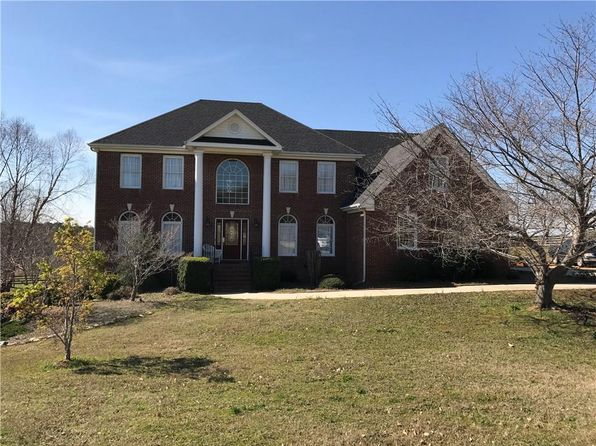 4 bed 4 bath Single Family at 840 Carl Davis Rd NW Monroe, GA, 30656 is for sale at 495k - 1 of 31