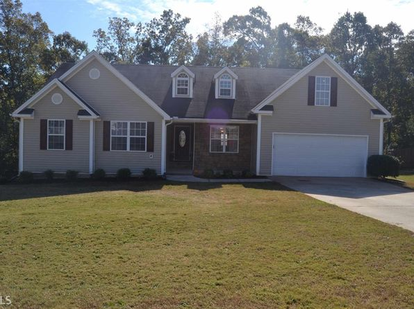 3 bed 2 bath Single Family at 30 Darvin Ct Covington, GA, 30016 is for sale at 160k - 1 of 16