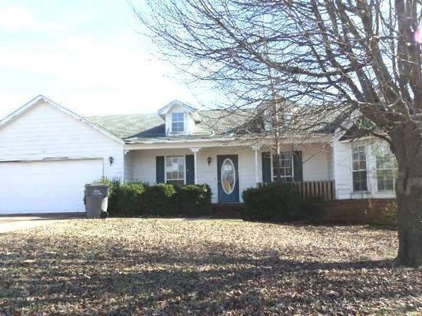 3 bed 2 bath Single Family at 4107 Cornerstone Dr Jonesboro, AR, 72401 is for sale at 151k - 1 of 12