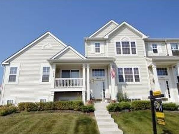 2 bed 3 bath Townhouse at 14620 Samuel Adams Dr Plainfield, IL, 60544 is for sale at 225k - 1 of 16