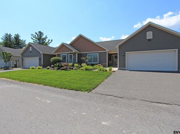 2 bed 2 bath Townhouse at 4 Brookview Ter Slingerlands, NY, 12159 is for sale at 335k - 1 of 16