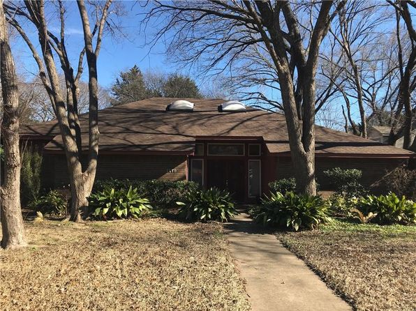 cedar hill single parents Ohsat & sun may 19/20 2-4 charming 40s character home nestled on a sun drenched 34 acre lot (1488200 sqft) with development.