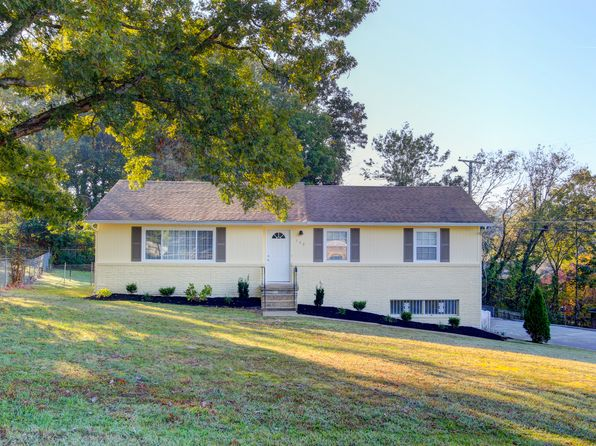3 bed 2 bath Single Family at 300 Centeroak Dr Knoxville, TN, 37920 is for sale at 139k - 1 of 21