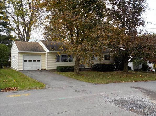 3 bed 1 bath Single Family at 8 Edgewood Dr Whitesboro, NY, 13492 is for sale at 130k - 1 of 18