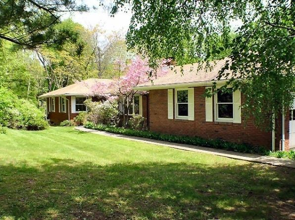 4 bed 3 bath Single Family at 32 Mount Rascal Rd Hackettstown, NJ, 07840 is for sale at 250k - 1 of 21