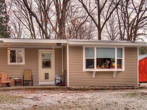 2 bed 1 bath Single Family at 95 Lake Shore Dr Copake, NY, 12516 is for sale at 155k - 1 of 12