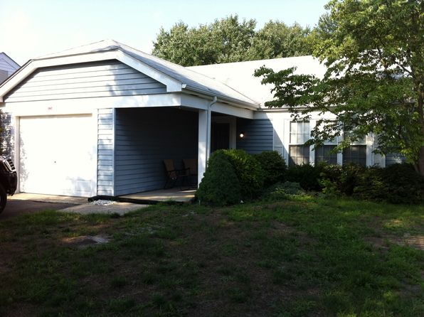 2 bed 2 bath Single Family at 995 Westminster Dr N Southampton, NJ, 08088 is for sale at 160k - 1 of 3
