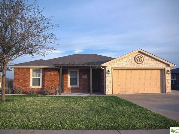 4 bed 2 bath Single Family at 1323 Dixon Cir Copperas Cove, TX, 76522 is for sale at 140k - 1 of 9