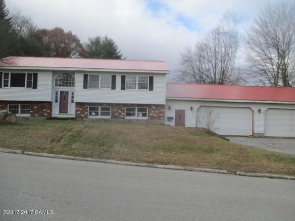 4 bed 2 bath Single Family at 100 Lemont Ave Corinth, NY, 12822 is for sale at 95k - 1 of 15